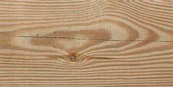 Sligt cracks in timber